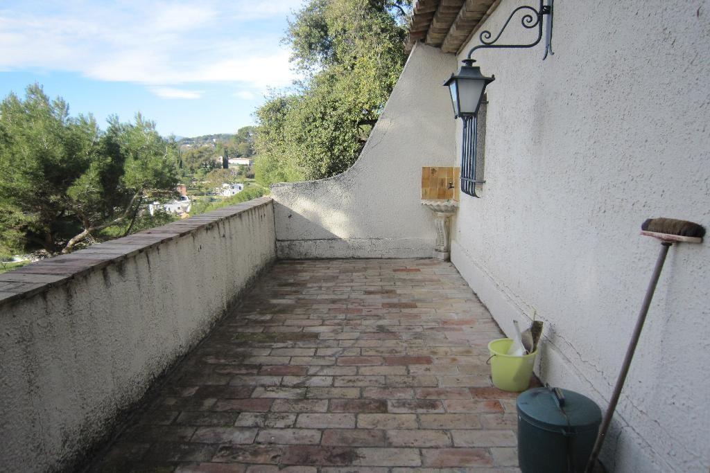 villa 015