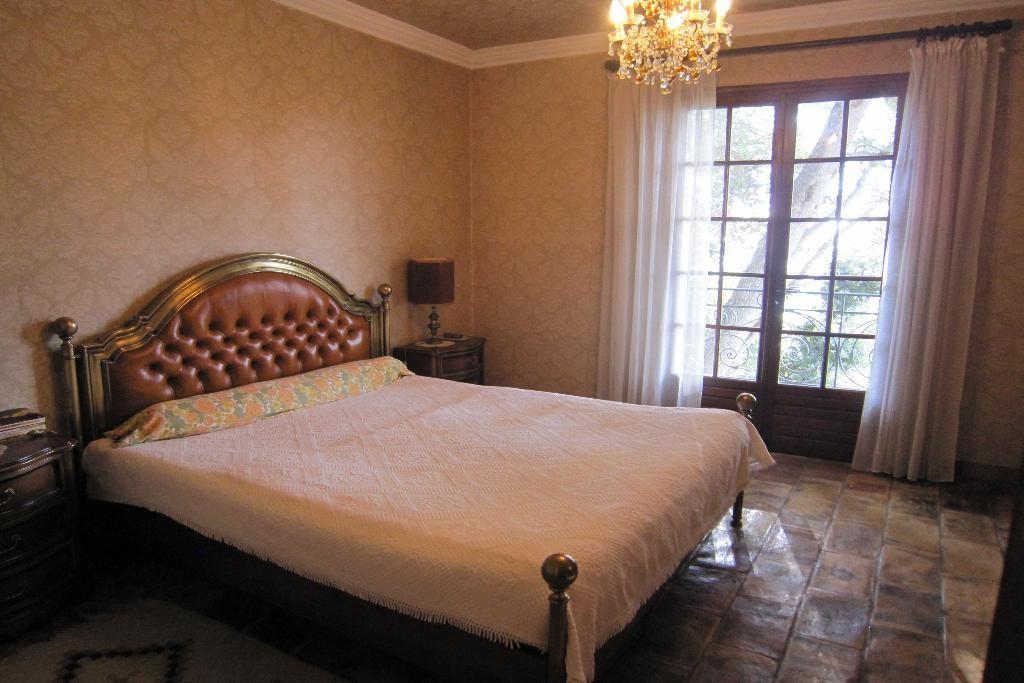 villa 012